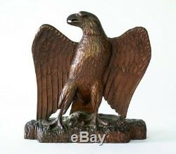 Antique 1800s Americana Folk Art Carved Wooden Baled Eagle Figurine / Statue