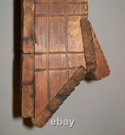 Antique Vtg 19th C 1800s Folk Art Chip Carved Wall box Great Untouched Surface