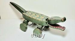 Antique Wood Carved And Painted folk art Alligator 20th. Century