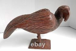 Large Vtg FOLK ART PARROT CARVING HeavyTropical Wood Jamaican Heart Tail