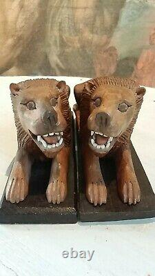 Pair Of Carved Wooden Lions On Bases Naive/folk Art/rustic