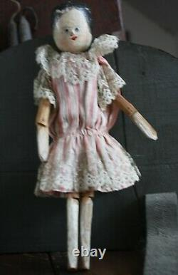 Rare 1800 American Folk Art Penny Doll, Carved Wood, Painted Face Original Smock