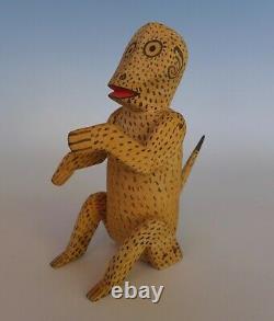 Vintage Mexican wood carved monkey attrib to Manuel Jimenez Oaxaca 7 tall