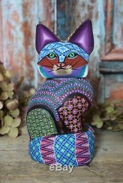 Alebrije Fox Etroitement Peint À La Main À La Main Et Sculpté Art Populaire Mexicain Oaxaca