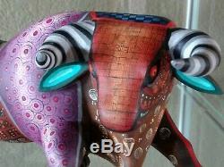 Amène Le! Le Bull Alebrije De Oaxaca, Art Populaire Mexicain Décor & Sculpture Sur Bois