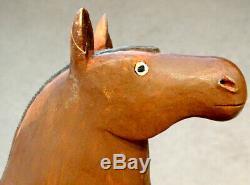 Anciennes Outsider Clochard Folk Art Primitif En Bois Sculpté Horse Sculpture