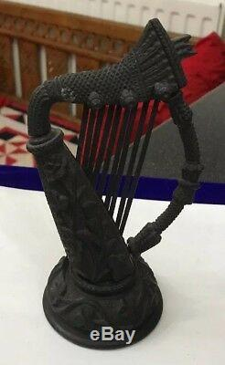 Anciennes Victorienne Irlandaise Bog Oak Sculpté Folk Art Main Musical Harp Figure