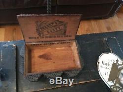 Antique Art Box Tramp Folk Art Superbe Très Sculpté