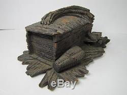Antique Art Populaire En Bois Sculpté Oiseaux Box Nid Forêt Noire Charnière Supérieure Décorative