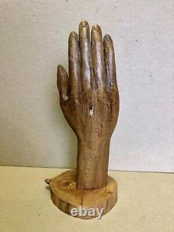 Antique Folk Art Santos Saints Hand Carving, Coeur À La Main