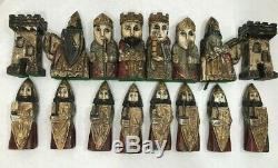 Antique Main En Bois Sculpté Jeu D'échecs Pièces Grand 10 Folk Art Jeu D'échecs