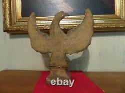 Antique Main Sculptée Art Folklorique En Bois 19ème C Americana Culpabilité Peint Aigle Sur Plinthe