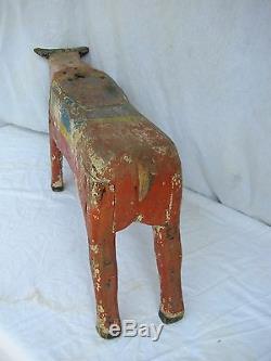 Antique Painted Tour De Carrousel En Bois Sculpté Bull Enfant Folk Art Amusement Park
