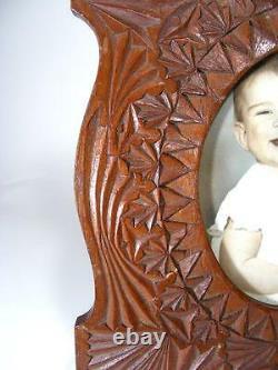Antique Vintage Wooden Chip Carved Folk Tramp Art Photo Image Frame Hand Made