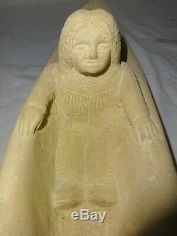 Art Populaire Sculpture Sur Pierre Signé Par Popeye Reed Fait 1979 Indienne Canoe