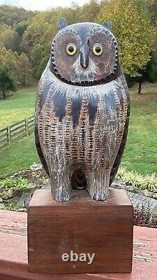 Beau Vintage Folk Art Détaillé Bois Chouette Decoy Joliment En Bois Sculpté Et Peint