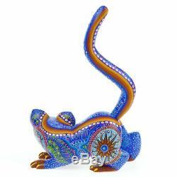 Bleu Ecureuil Oaxacan Alebrije Sculpture Sur Bois Fine Mexican Folk Art Sculpture