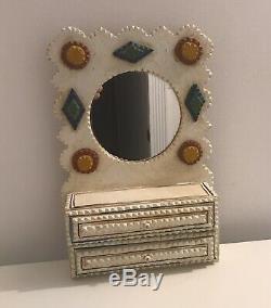 Dan Strawser Jr Clochard Art Étagère Miroir Avec Tiroirs Folk Art Carved