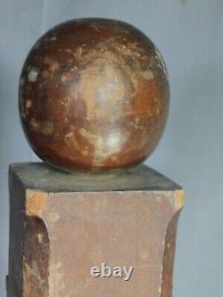 Early American Folk Art Piliers En Bois Sculpté Loge Maçonnique Miniature Globes 1860
