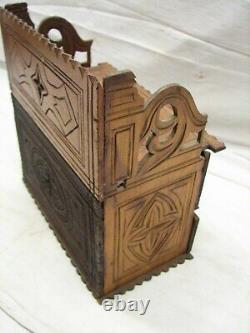 Early Sculpté En Bois Tramp Art Dresser Trinket Music Box Wood Cigar Folk Keepsake