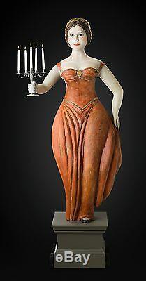Folk Art Du Commerce Figure, La Taille De Vie Femme Avec Candelabra Par K. William Kautz