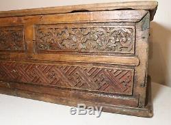 Grand Antique Sculpté En Laiton En Bois À La Main De 1700 Coffre De Rangement De Cercueil Boîte Folk Art