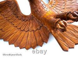 Grand Bois Américain Du Milieu Du Siècle Sculpté Pygargue À Tête Blanche Figure Penn Folk Art