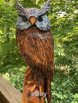 Grand Chainsaw Sculpté Duc Pin Blanc Bois D'art De Hibou Folk Cornu Fait Unique