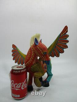 Grand Oaxacan Alebrije, Sculpture Sur Bois Coloré, Signé Sculpture D'art Populaire Mexicain