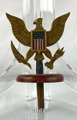 Indicateur Américain D'art Populaire Finial Sculpté Et Aigle Peint