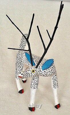 Magnifique Cerf Vintage Oaxacan Alebrije Sculpture Sur Bois Par Jose Hernandez
