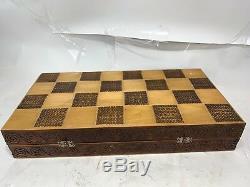 Main En Bois Sculpté British Chess Set Art Populaire Figures Trusty Canne Arbre De Noël
