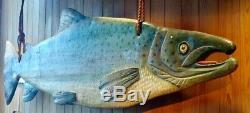 Massive Poissons En Bois Sculpté Pêche À La Mouche Lodge Chalet Truite Salmon Sculpture Folk Art