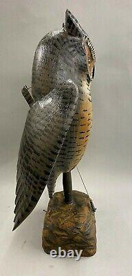 Mike Borrett Polychrome Folk Art Carved Wooden Great Horned Owl Leurre