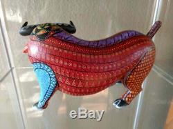 Redchester Alebrije Bull Véritable Oaxacan Sculpture Sur Bois Art Populaire Mexicain