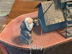 Sculpté À La Main Fantastique Arche De Noé Figure Folk Art, Signé, 1991 Avec Des Animaux