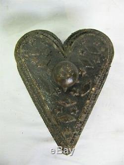 Sculpté En Bois Antique Coeur Boîte Tramp Art Folk Art