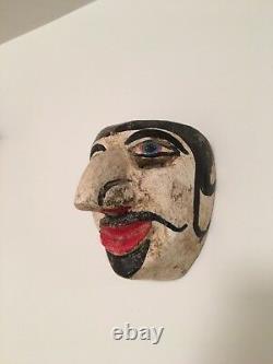 Vieille Pièce De Musée D'art Populaire Sculptée En Bois De Masque De Festival Mexicain Ou Guatémaltèque