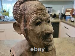 Vintage Hand Carved Folk Art Détaillé Man Head Bust Wood Tree 12 Tall 13.5 Lbs