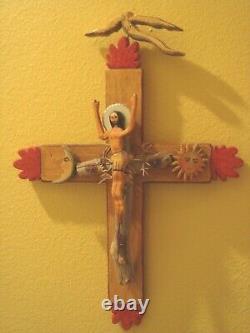 Virginia Maria Romero Crucificado Folk Art Cross Pigmenté Sculpture Sur Bois 2002